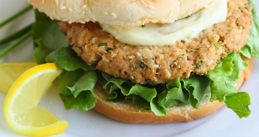 Hambúrguer de Atum com Limão